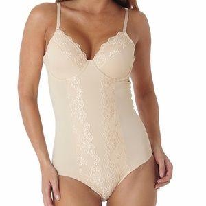 0acbb57b710b0 Dr. Rey Intimates   Sleepwear - NWOT 40DD Dr. Rey Shapewear Full Cup  Bodysuit